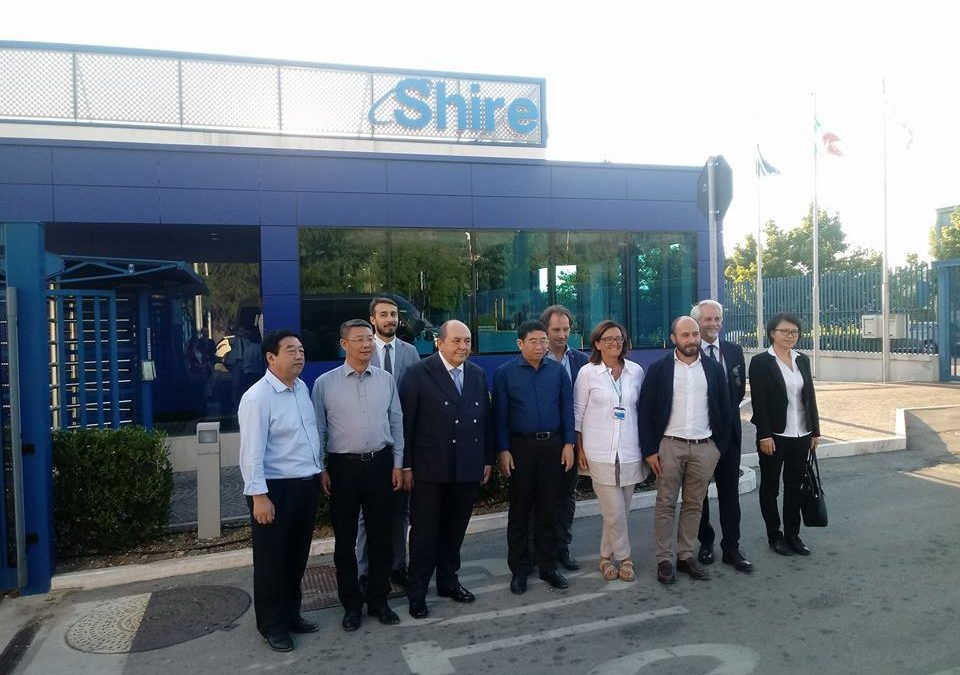 Visita del Governatore Cinese di Hainan Wang Lu a Shire
